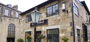 Barber&Mack is a premium barber's shop in Harrogate North Yorkshire.